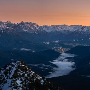Sonnenuntergang Gipfel mit Tal