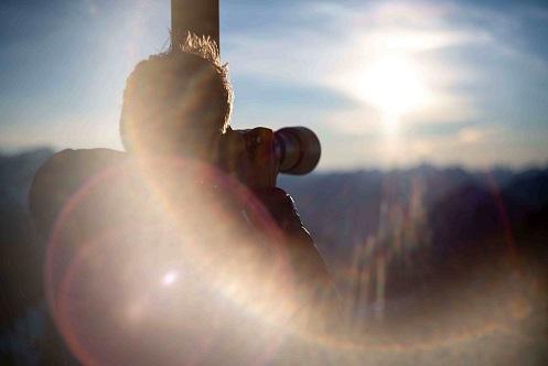 Fotograf bei der Arbeit in den bayerischen Alpen